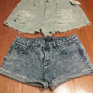 2 Pair Of forever 21 shorts
